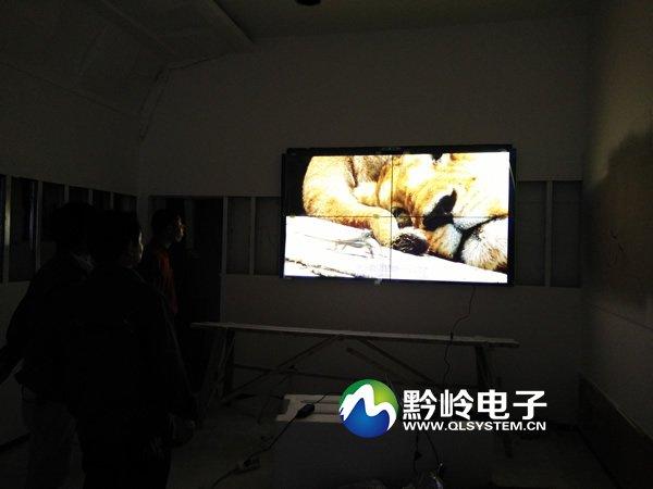 黔岭拼接屏入驻贵州联通超级手机卖场
