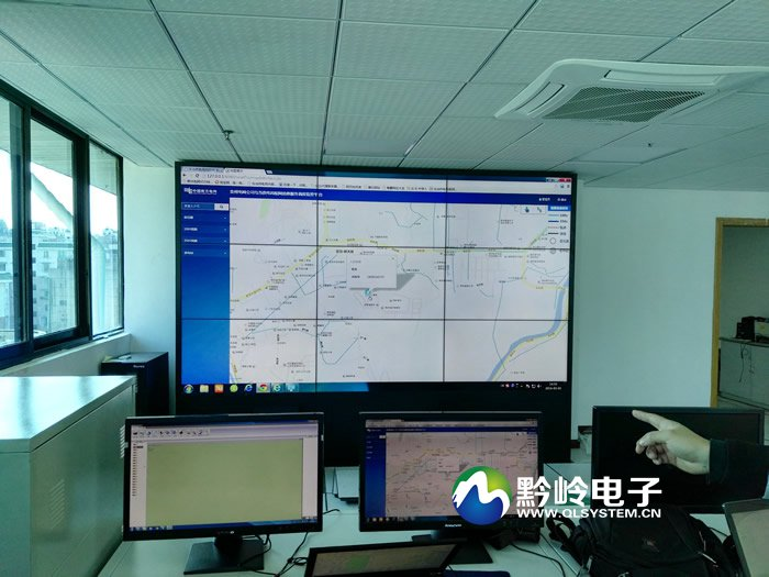 南方电网乌当区供电局监控中心3x3液晶拼接屏完美完工